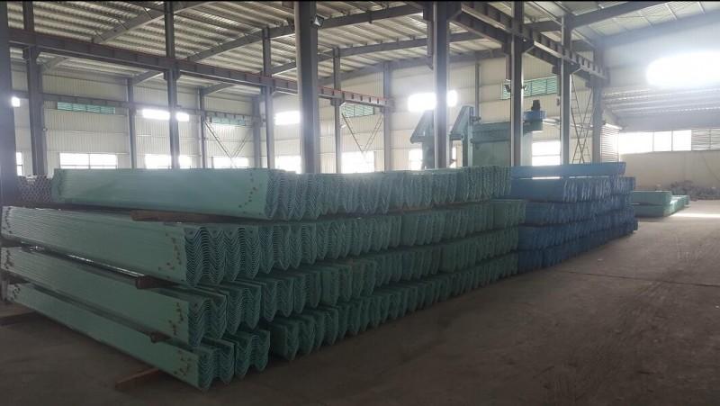 山西高速公路护栏板生产厂家